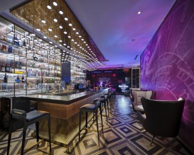 GMT+8 格林尼治酒吧